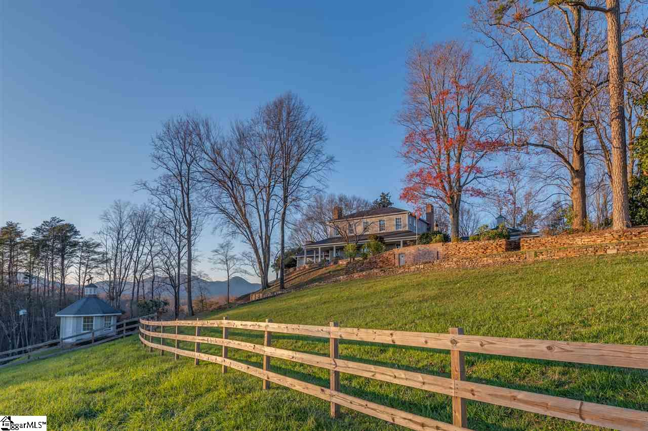 1855 Hunting Country Road Tryon, NC 28782