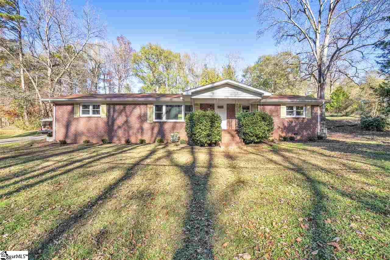 214 Knollview Drive Greenville, SC 29611