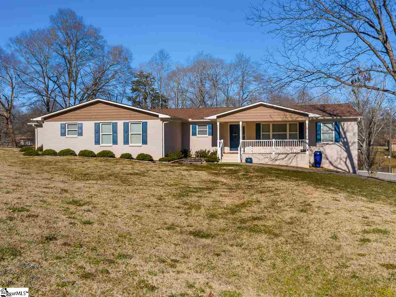 181 Lakewood Lane Mayo, SC 29368