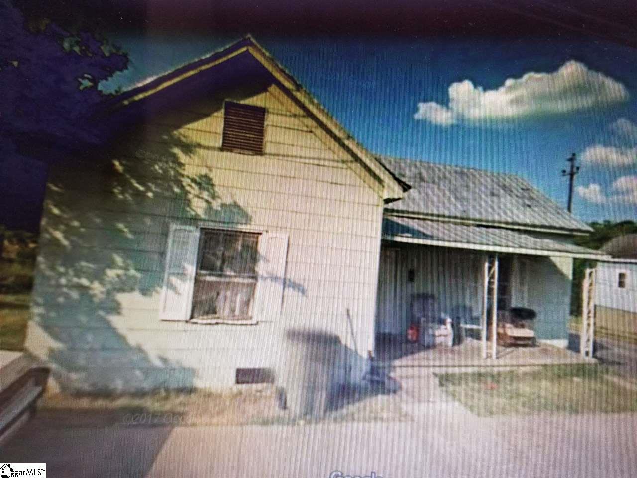 409 E Robinson Street Gaffney, SC 29340