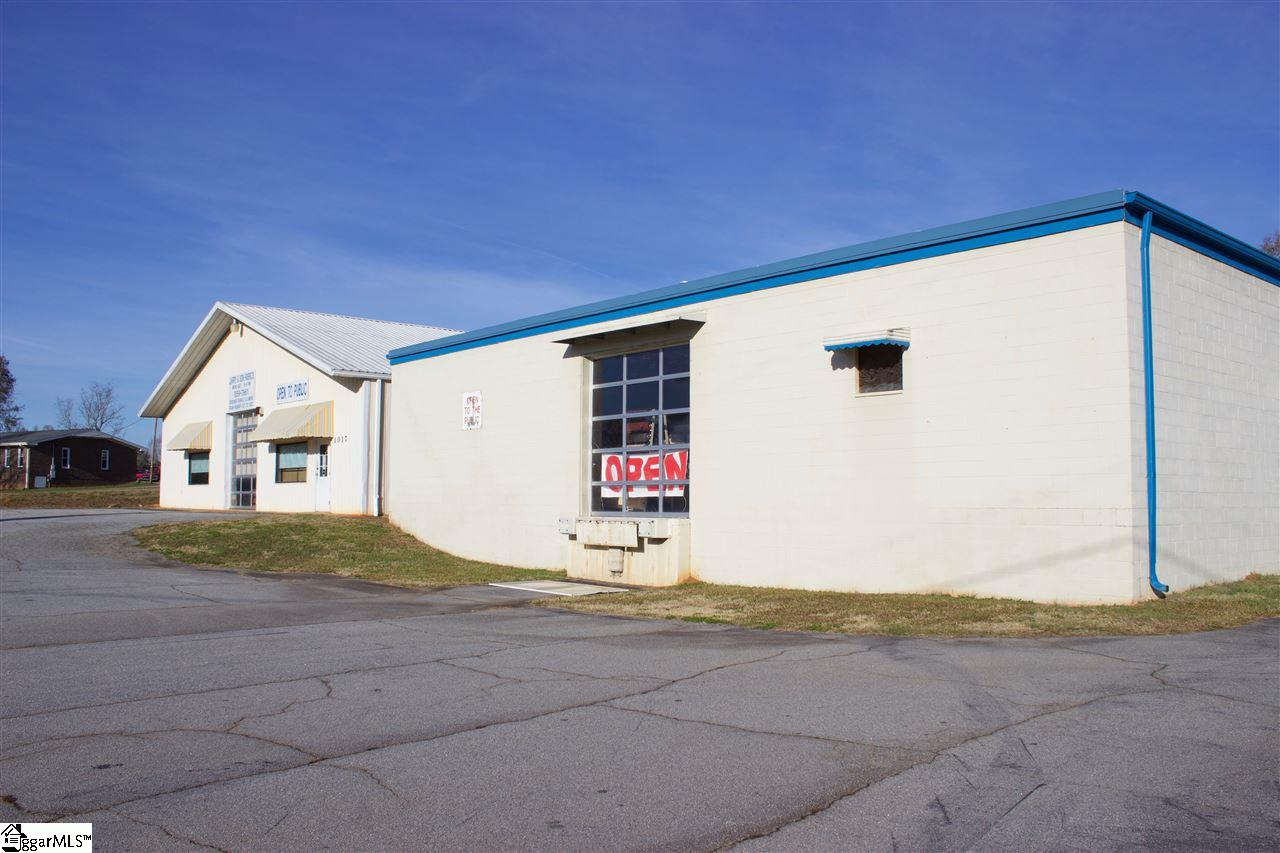 1017 Powdersville Road Easley, SC 29642-9999