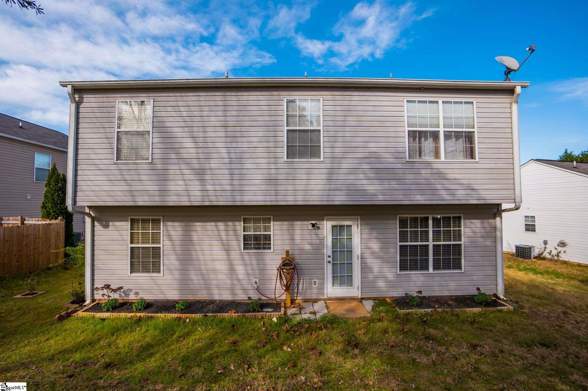 6 Warbler Court Simpsonville, SC 29680