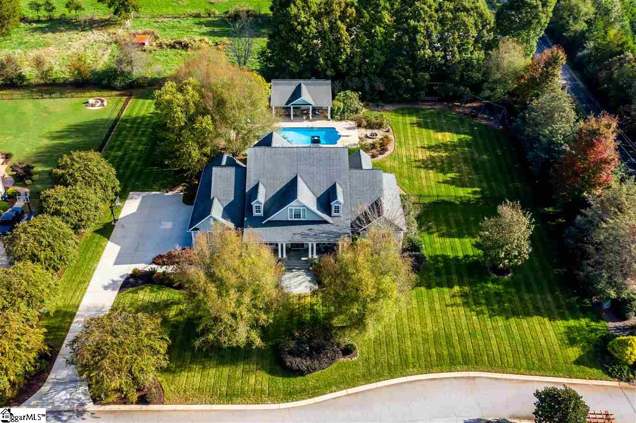 102 Ivy Woods Drive Easley, SC 29642
