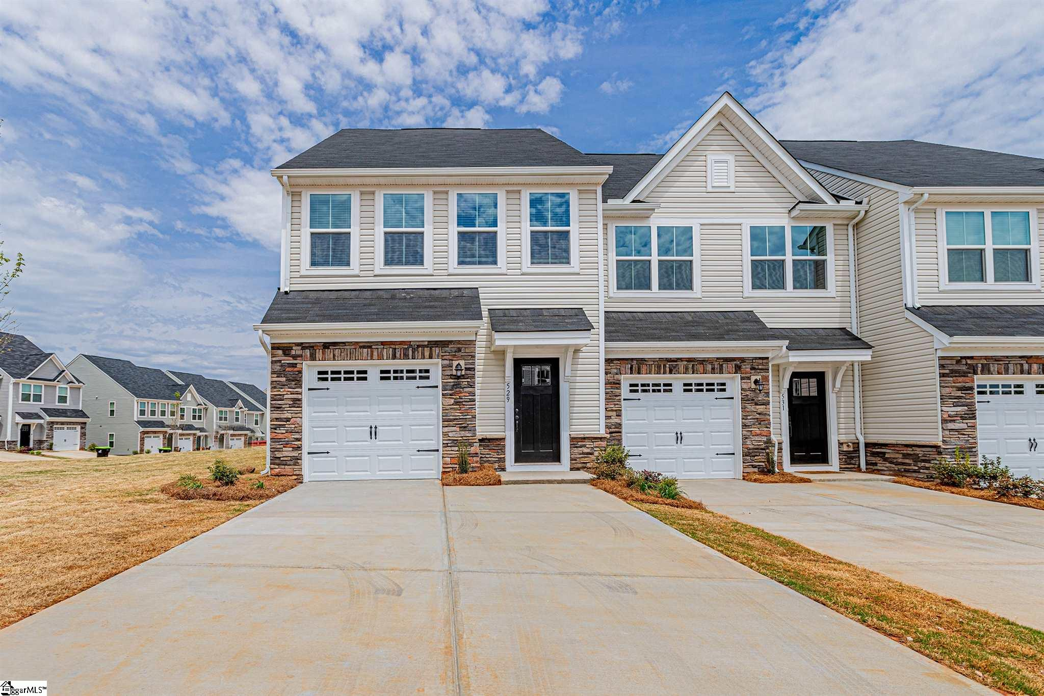 529 Huntingdale Place Simpsonville, SC 29681