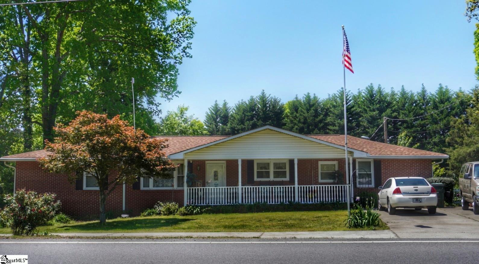 515 E Mountain Creek Road Taylors, SC 29687