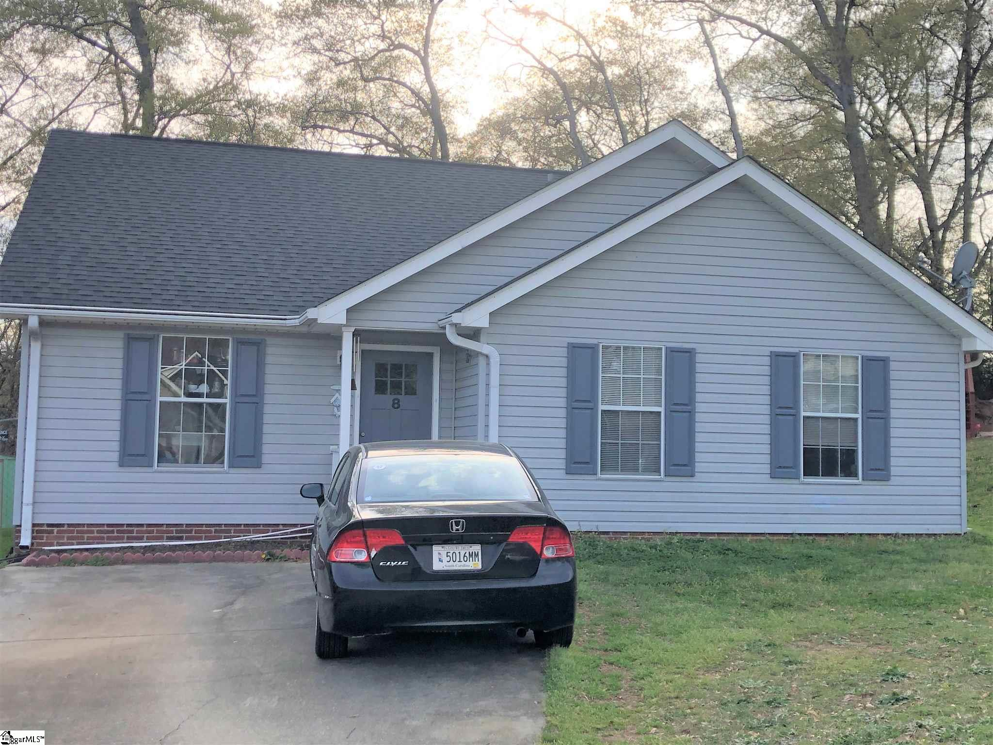 8 River Hill Court Taylors, SC 29687