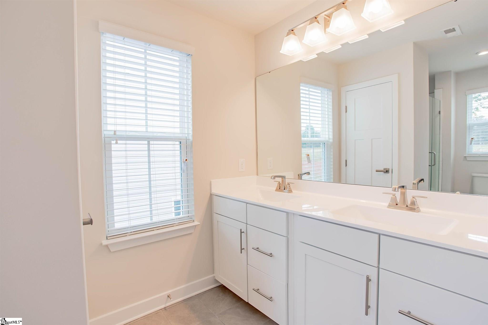 215 Clearwood Drive Simpsonville, SC 29681