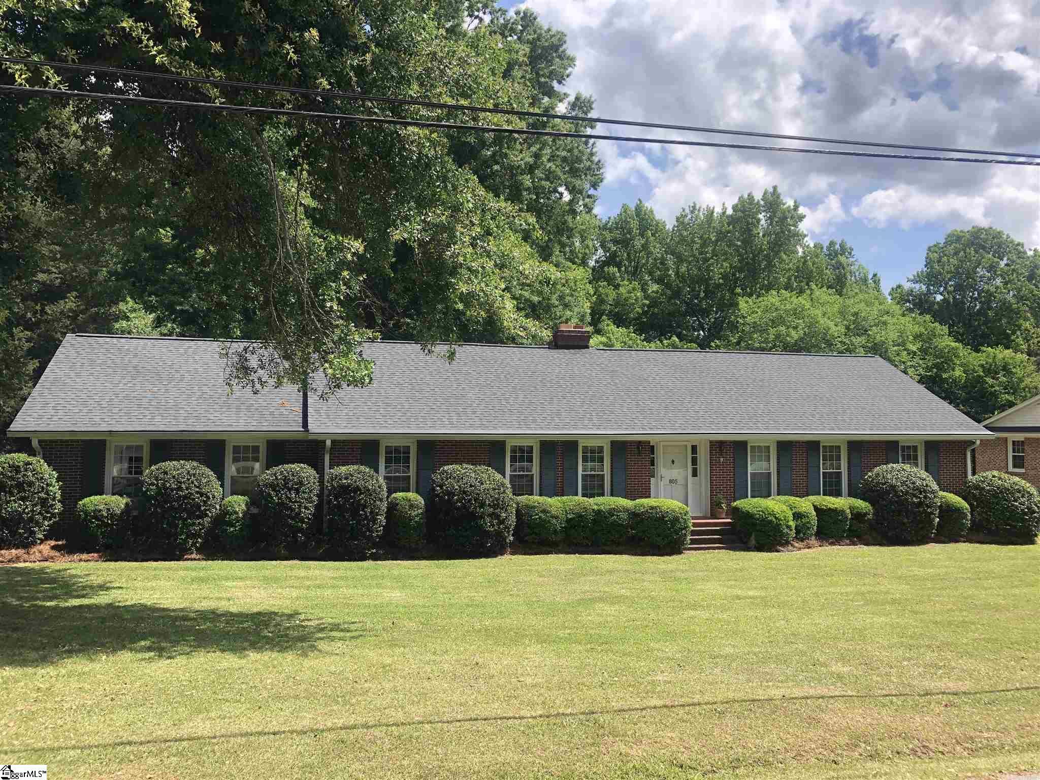 805 Calvert Avenue Clinton, SC 29325