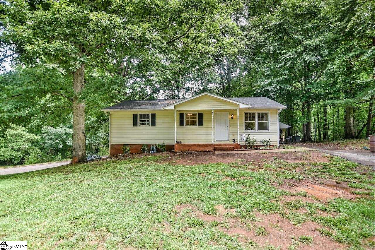 142 Cannon Circle Wellford, SC 29385