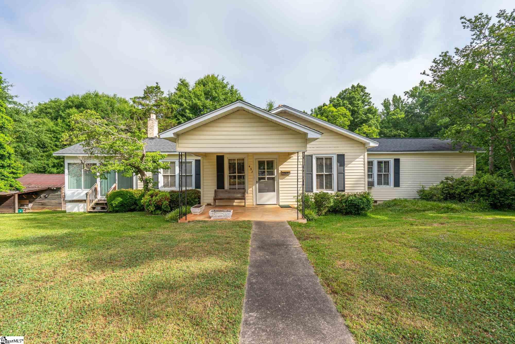 437 Meredith Street Central, SC 29630