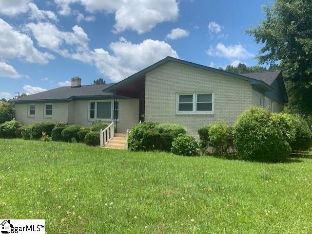 422 S Ellis Street Joanna, SC 29351