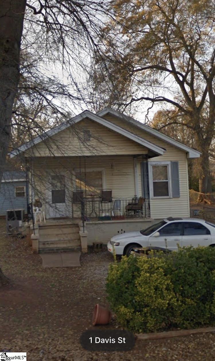 1 Davis, Greenville, SC 29609