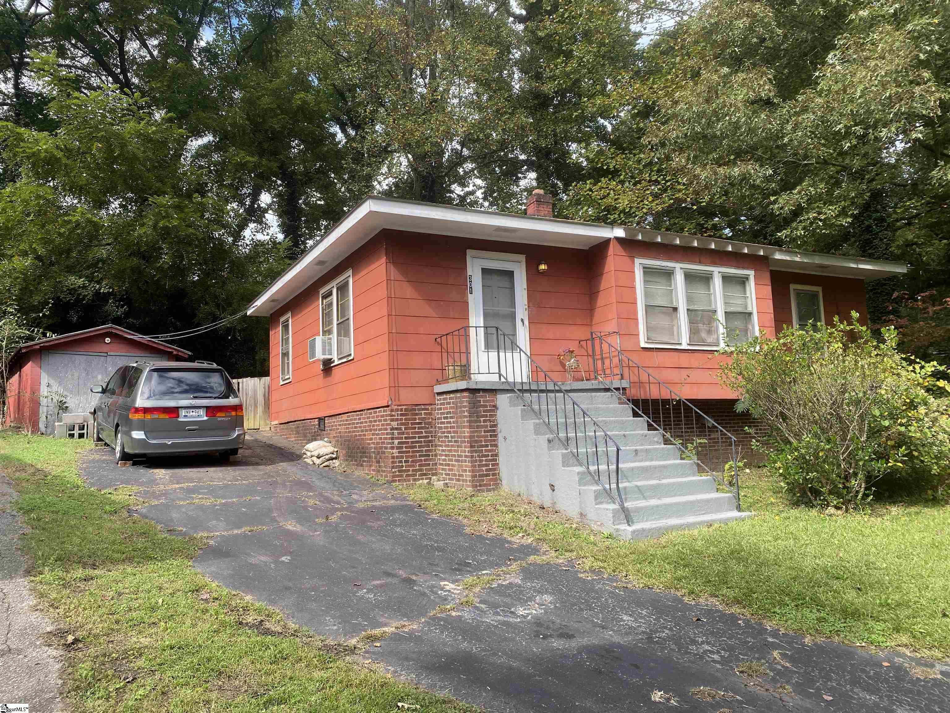 301 Piedmont Park, Greenville, SC 29609