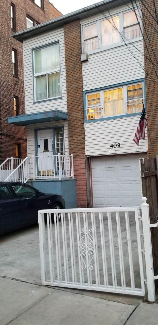 409 9TH ST, Union City, NJ 07087