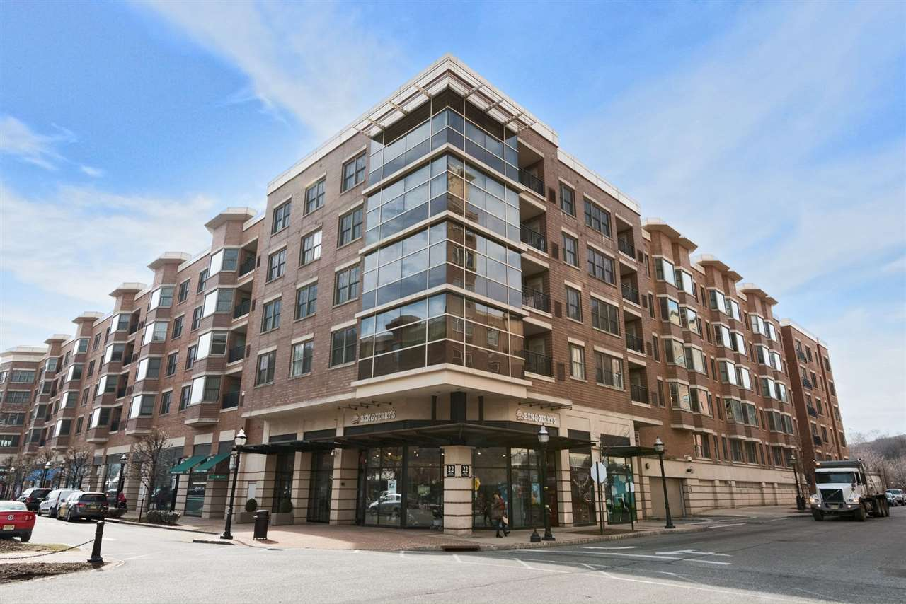 22 AVENUE AT PORT IMPERIAL 302, West New York, NJ 07093
