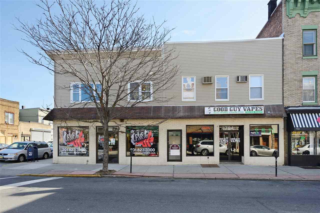 794-796 BROADWAY, Bayonne, NJ 07002