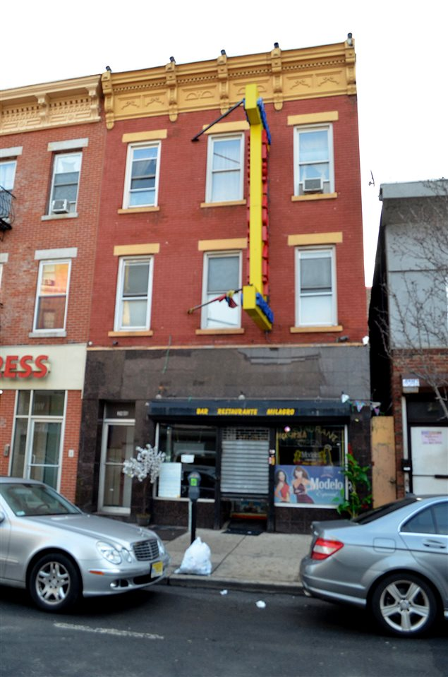 2906 BERGENLINE AVE, Union City, NJ 07087