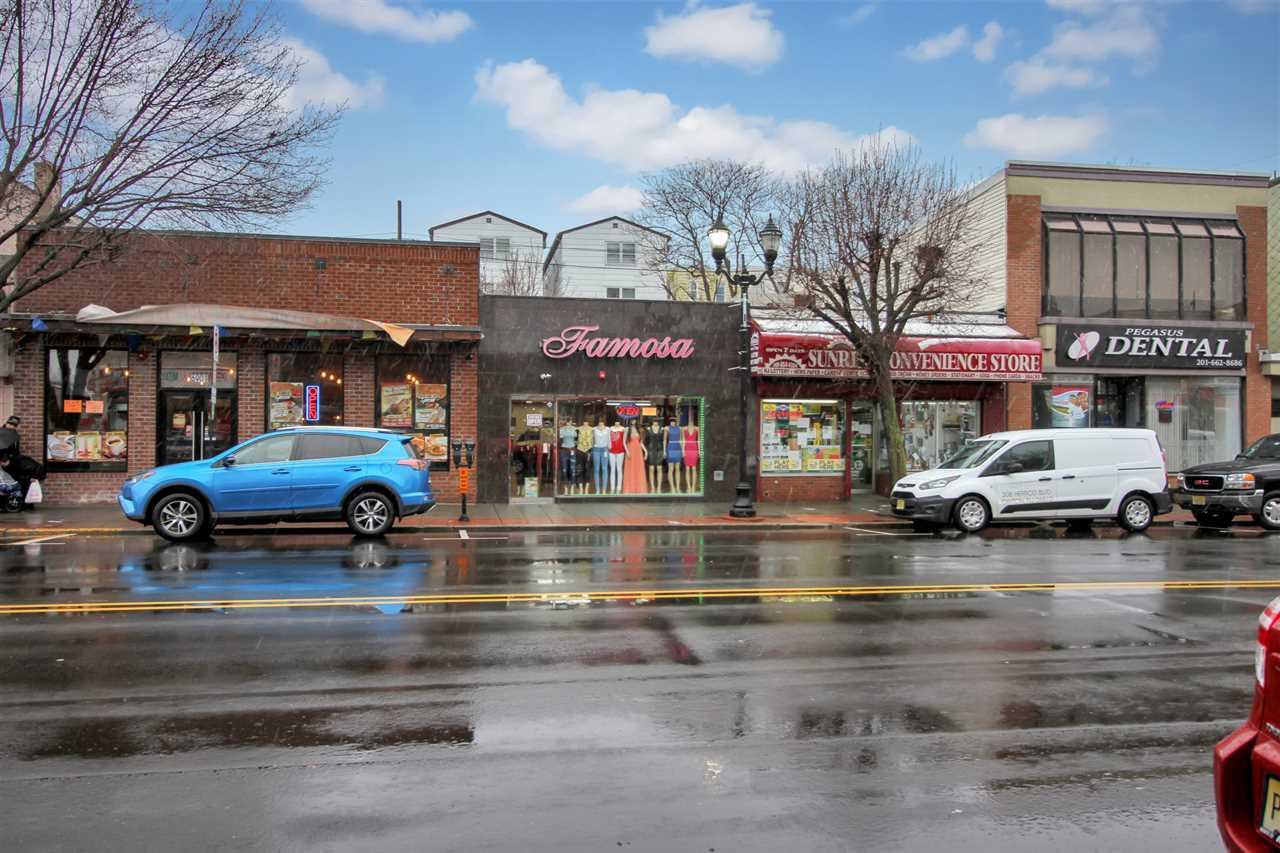 6903-6905 BERGENLINE AVE, Guttenberg, NJ 07093