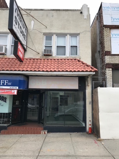 1215 KENNEDY BLVD, Union City, NJ 07087