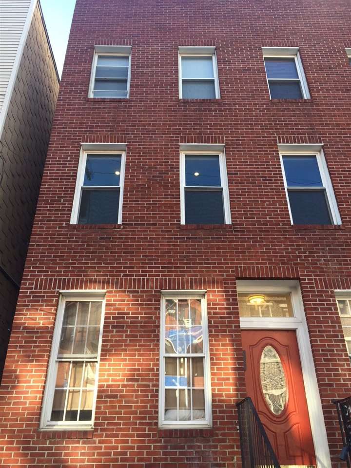 120 MONROE ST 3L, Hoboken, NJ 07030