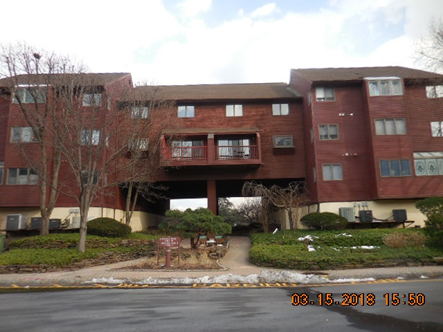 10D COVE LANE 10D, North Bergen, NJ 07047