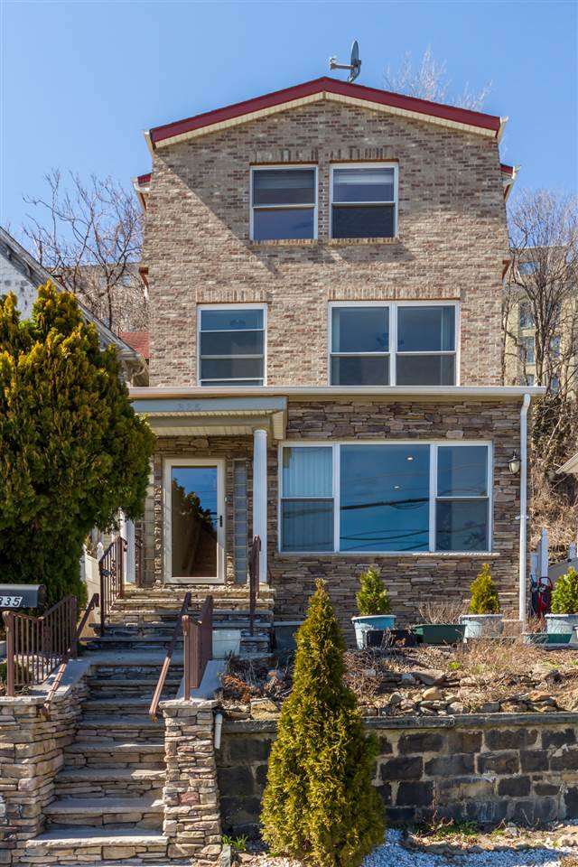 335 PARK AVE, Weehawken, NJ 07086