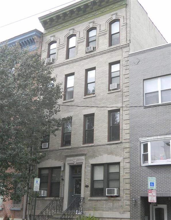 60 MONROE ST 8, Hoboken, NJ 07030