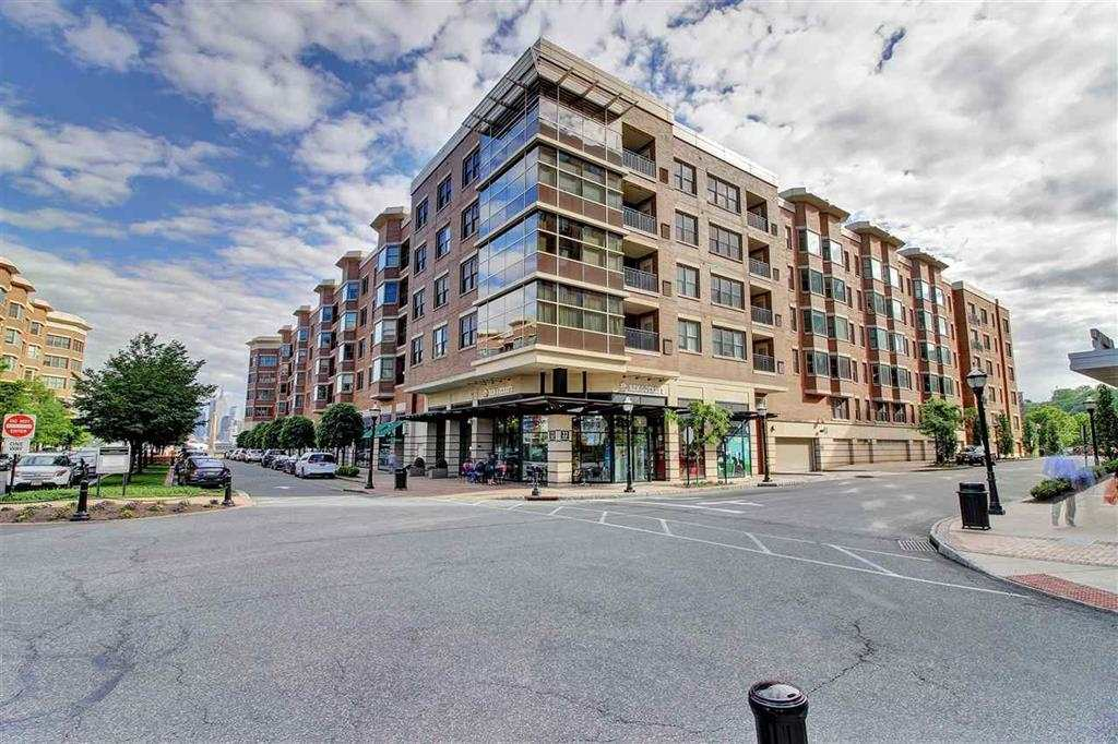 22 AVENUE AT PORT IMPERIAL 513, West New York, NJ 07093