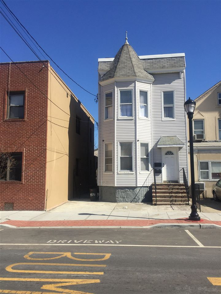 420 2ND ST, Union City, NJ 07087