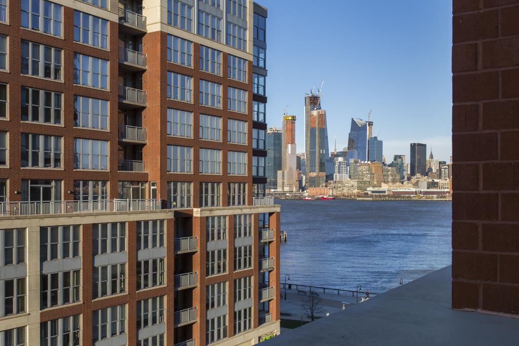 1025 MAXWELL LANE 607, Hoboken, NJ 07030