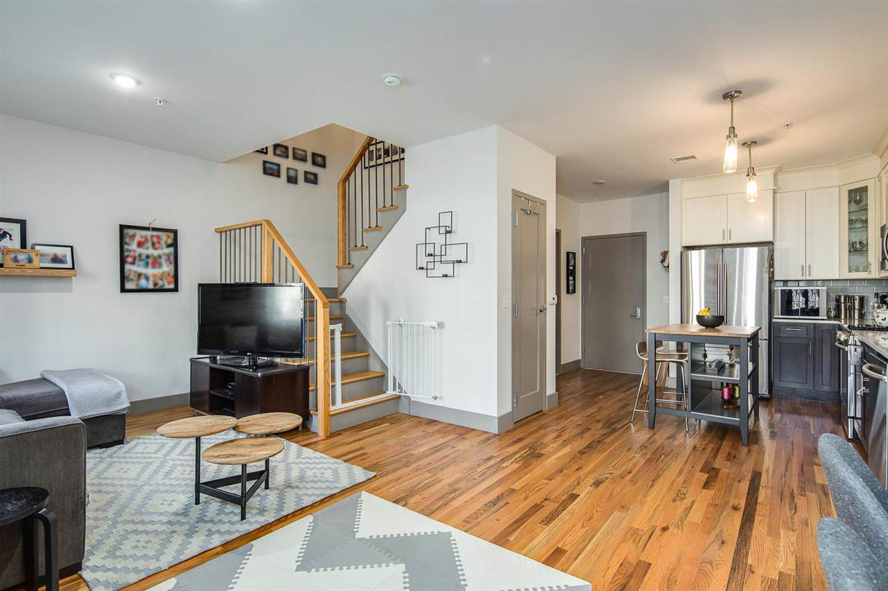 212 3RD ST 102, JC, Downtown, NJ 07302