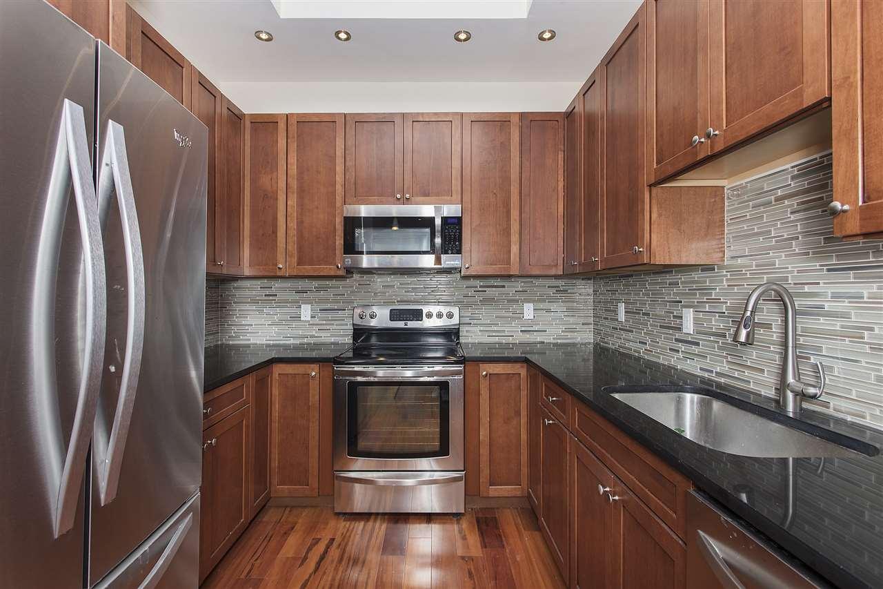 222 GRAND ST 1F, Hoboken, NJ 07030