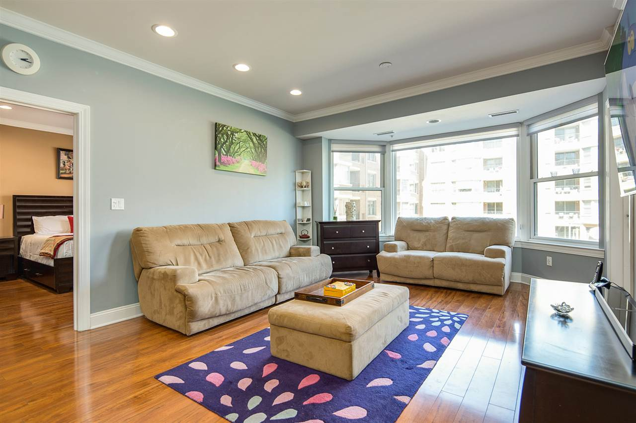 20 AVENUE AT PORT IMPERIAL 211, West New York, NJ 07093