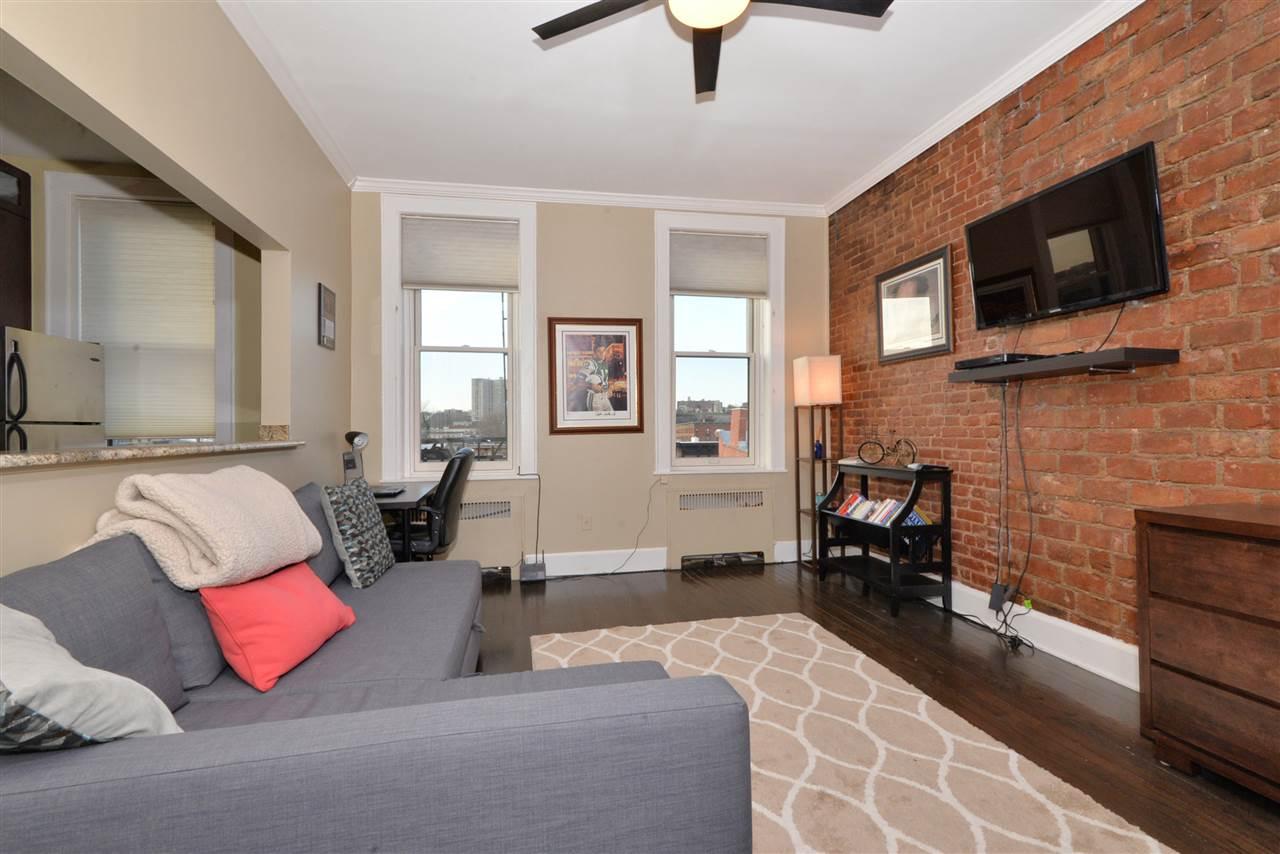 1026 WASHINGTON ST 5R, Hoboken, NJ 07030