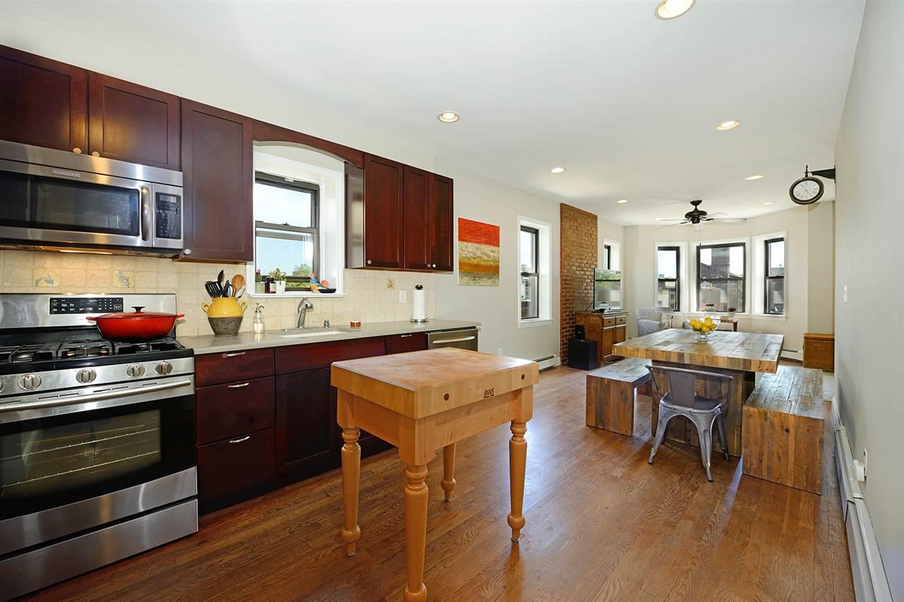 338 BLOOMFIELD ST 4, Hoboken, NJ 07030