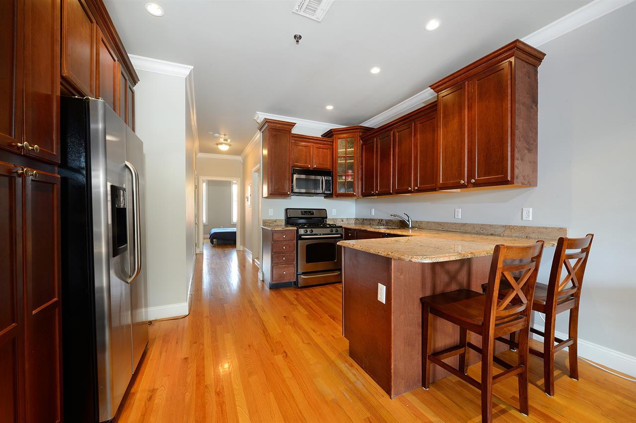 805 WILLOW AVE 5L, Hoboken, NJ 07030