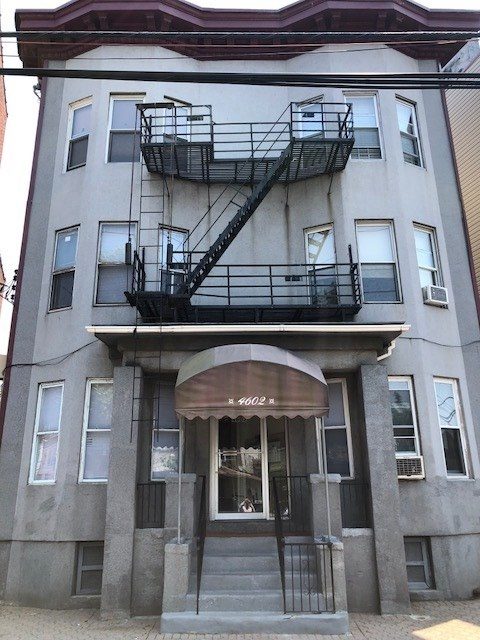 4602-4604 PARK AVE, Weehawken, NJ 07086