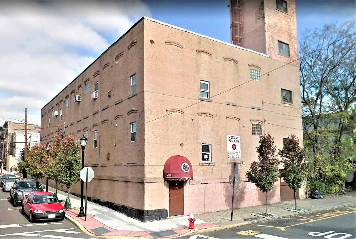 1100 BERGENLINE AVE, Union City, NJ 07087