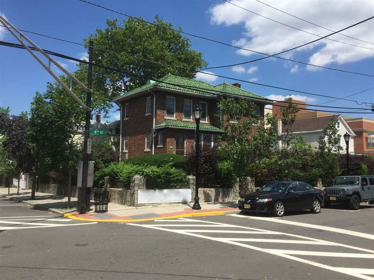 1800-1804 MANHATTAN AVE, Union City, NJ 07087