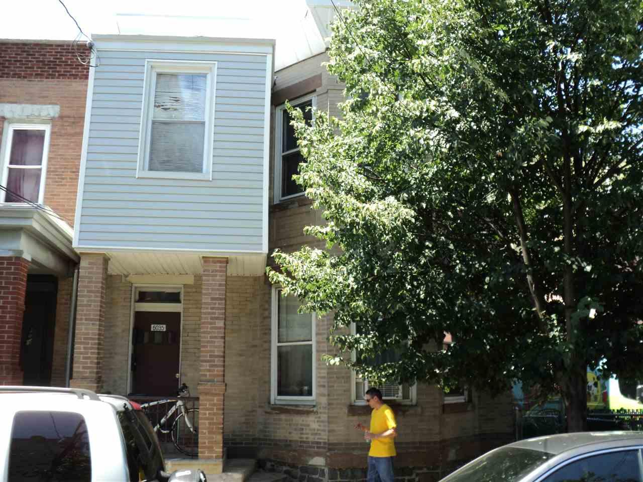 6035 MONROE PL, West New York, NJ 07093