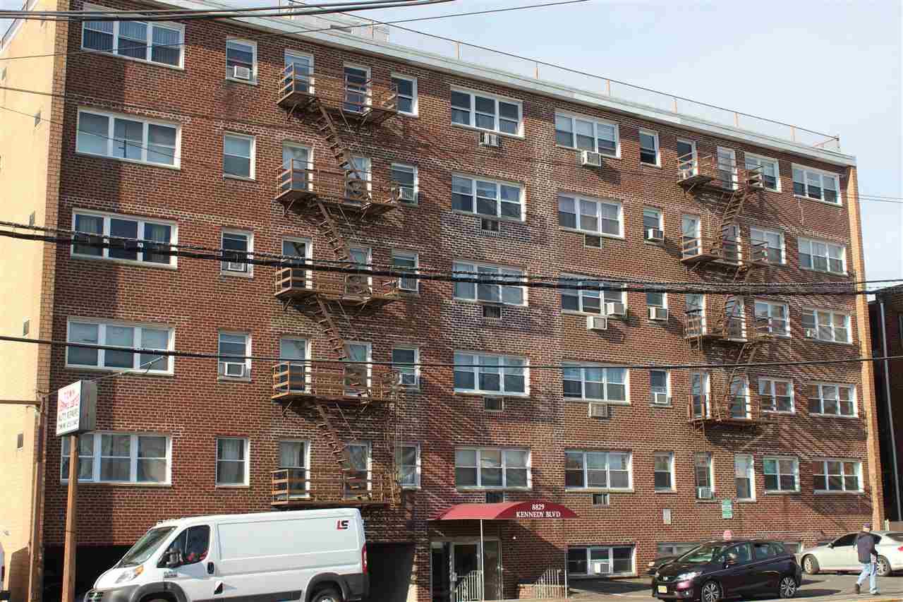 8829 KENNEDY BLVD c6, North Bergen, NJ 07047