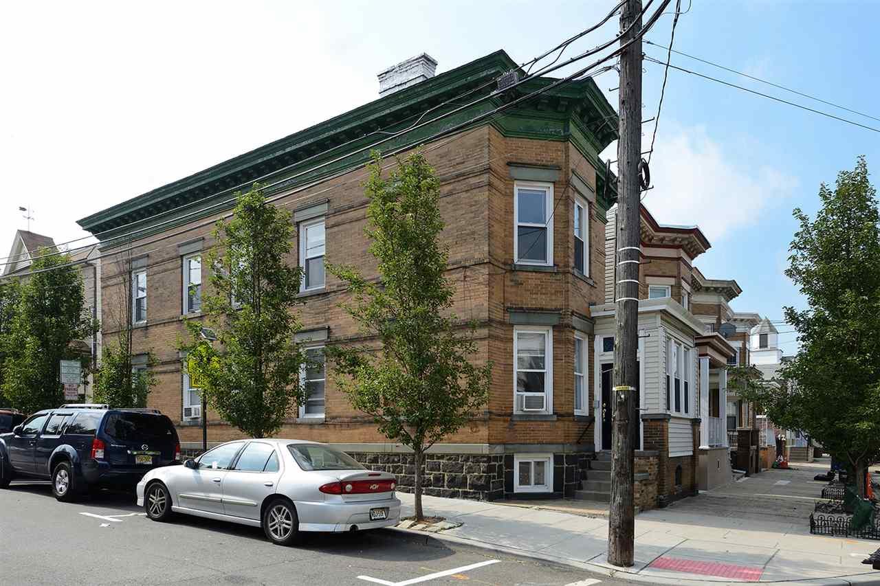 1918 KERRIGAN AVE, Union City, NJ 07087