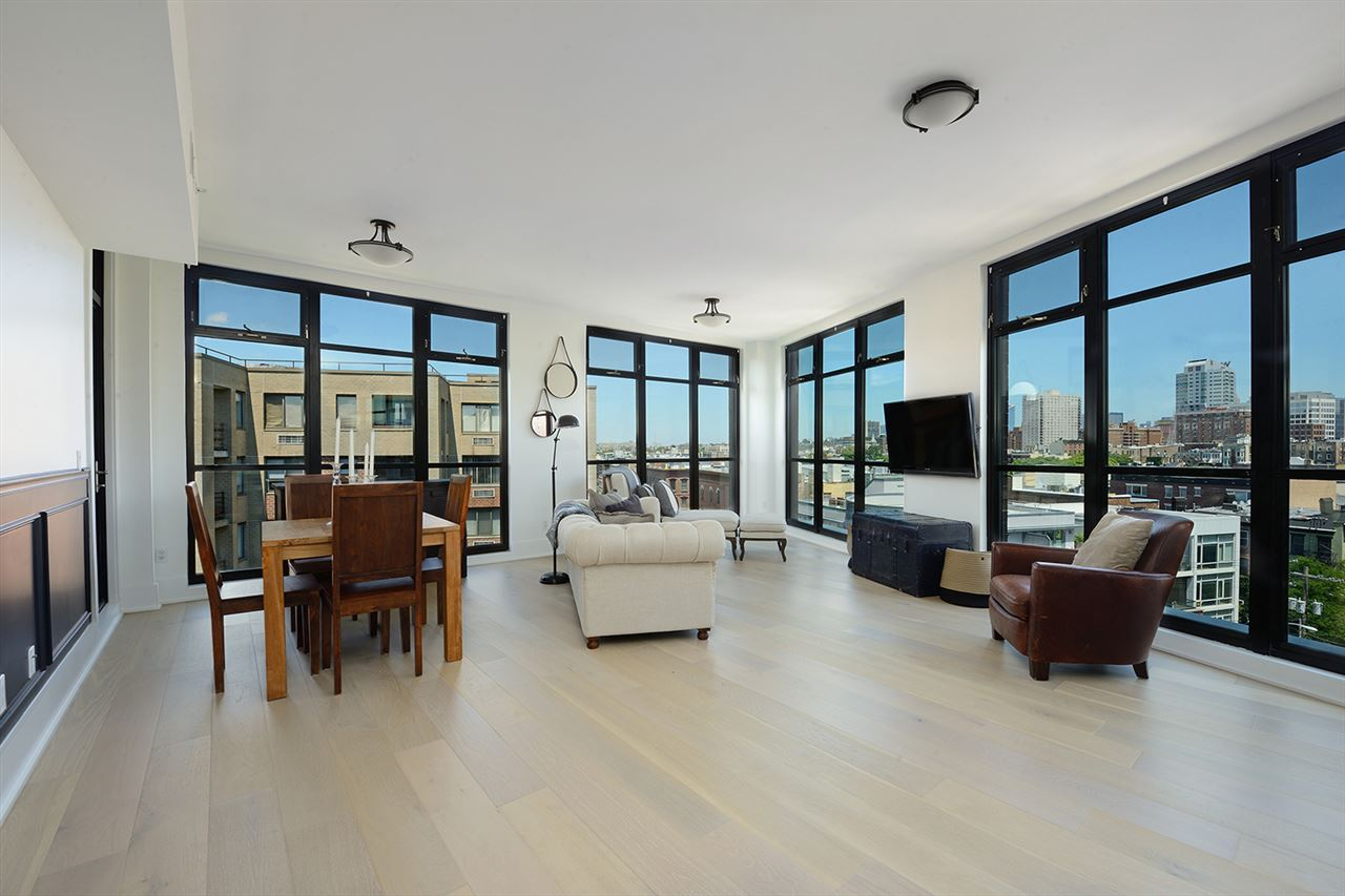 84 WILLOW AVE, Hoboken, NJ 07030