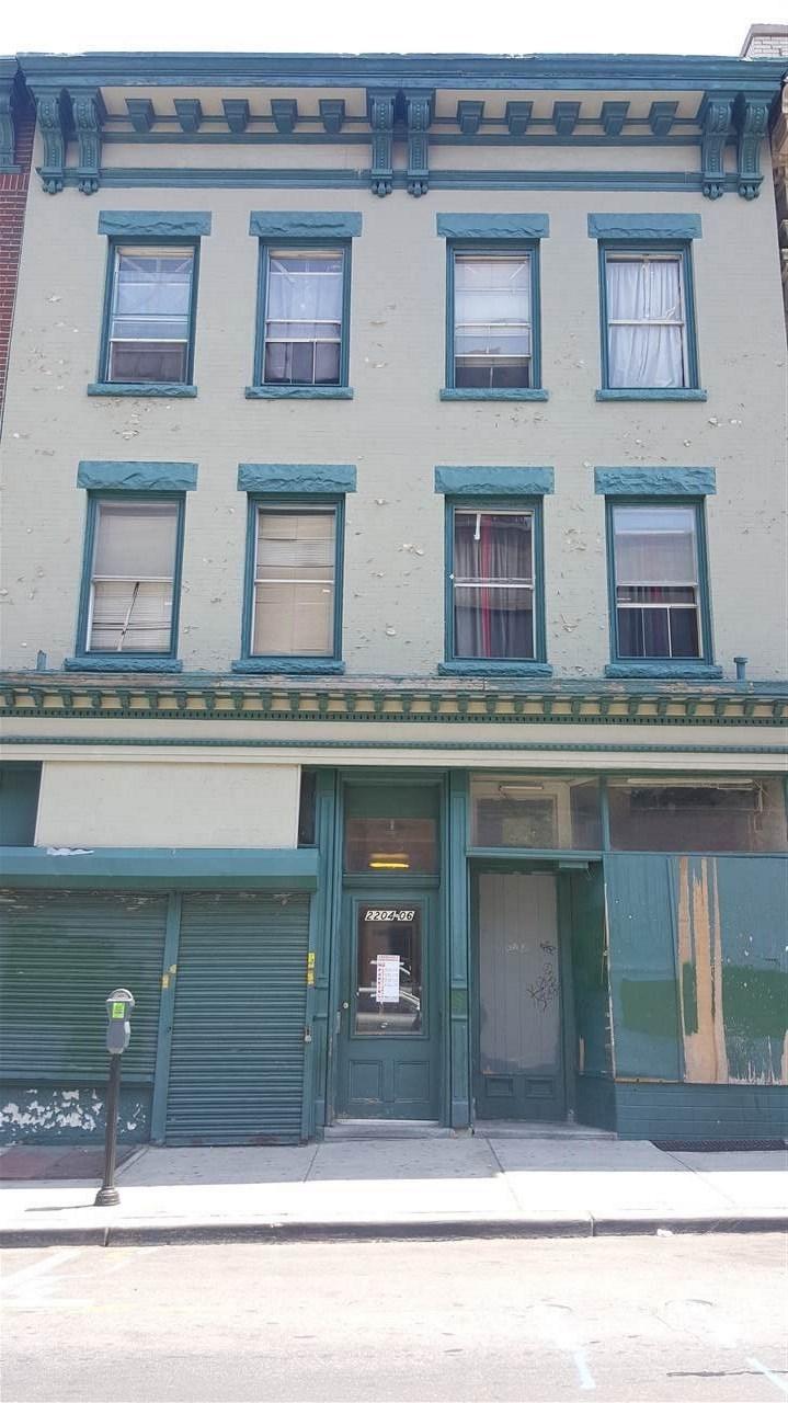 2204-2206 BERGENLINE AVE, Union City, NJ 07087