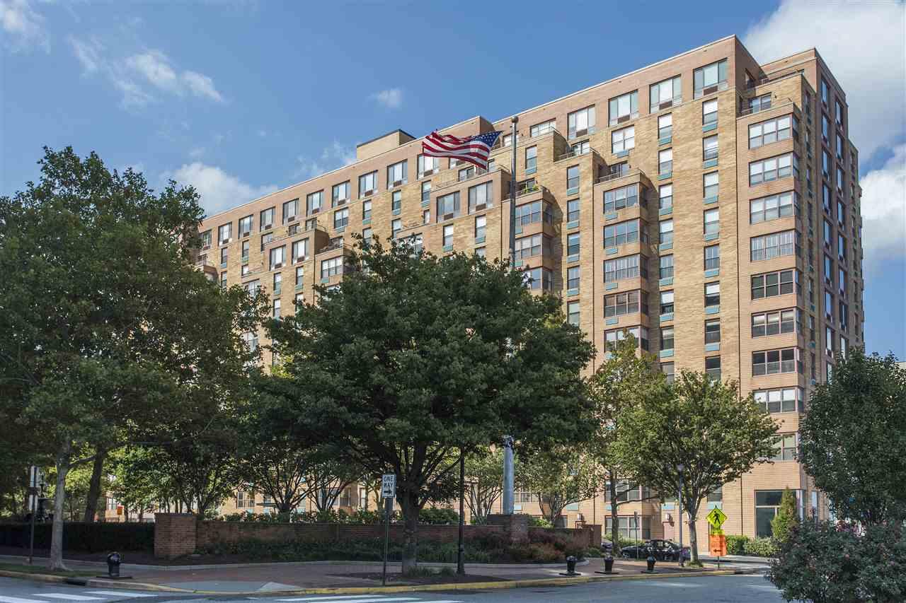 2 CONSTITUTION CT 801, Hoboken, NJ 07030