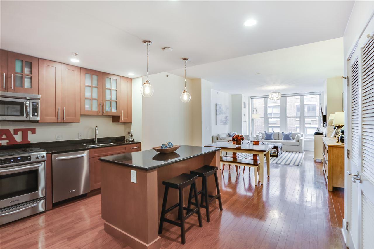 1125 MAXWELL LANE 824, Hoboken, NJ 07030
