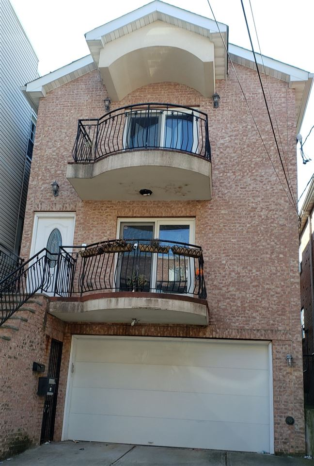 Welcome Home to this beautiful Condo in Guttenberg NJ! Conveniently located steps from scenic Blvd East.  Freshly painted 3 bedrooms and 2 baths on the second Floor. Open Kitchen-Living room lay out with balcony. SS appliances, granite counter tops, spacious and private Master suite. Hardwood floors throughout the house. 1 indoor and 1 outdoor parking space included. Close to shopping, restaurants, NJ buses and shuttle to NY Waterways a few steps away. Roommates Welcome!  As a bonus: free Wi-Fi!