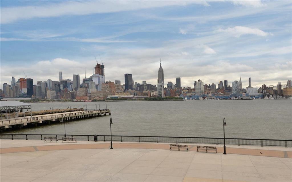 1125 MAXWELL LANE TH8, Hoboken, NJ 07030