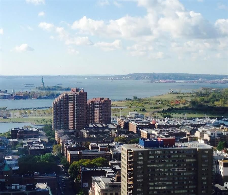 PREMIUM 07 Line, South & East View gives the best quality of living. Oversized custom windows take in sweeping Panoramas of the Hudson River, NYC skyline and the statue of Liberty. Open lay out with High ceiling, lots of closets. Stainless appliances, richly finished kitchen and vanity cabinetry, granite counters & lavish finishes throughout! Amenities include: outdoor pool, indoor grotto,steam room, dry sauna, sun deck, game room, play area, 24hr doorman. Close to restaurants, schools & Path/Ferry