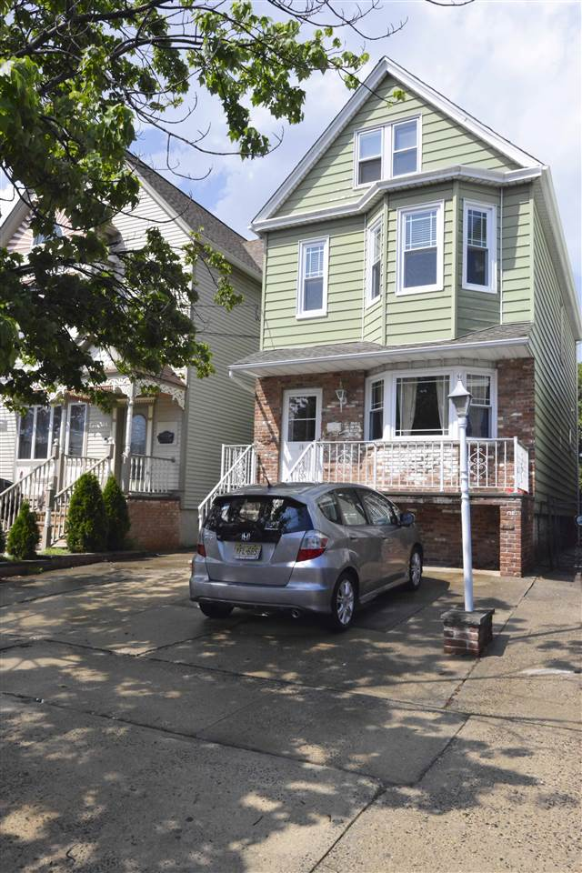 15 EAST 31ST ST, Bayonne, New Jersey